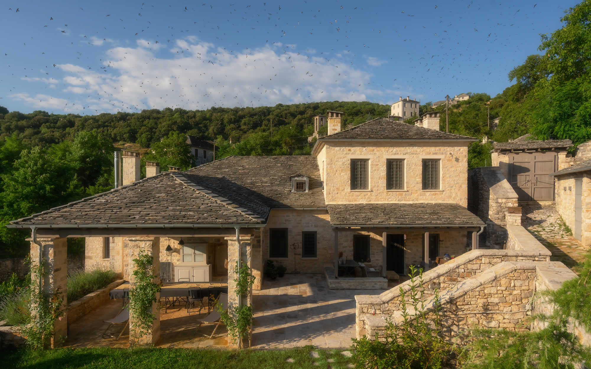 APEIROS MAISON | House for rent in Kato Pedina, Zagori, Greece